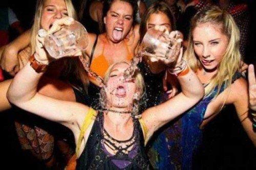 drunk girls tinder